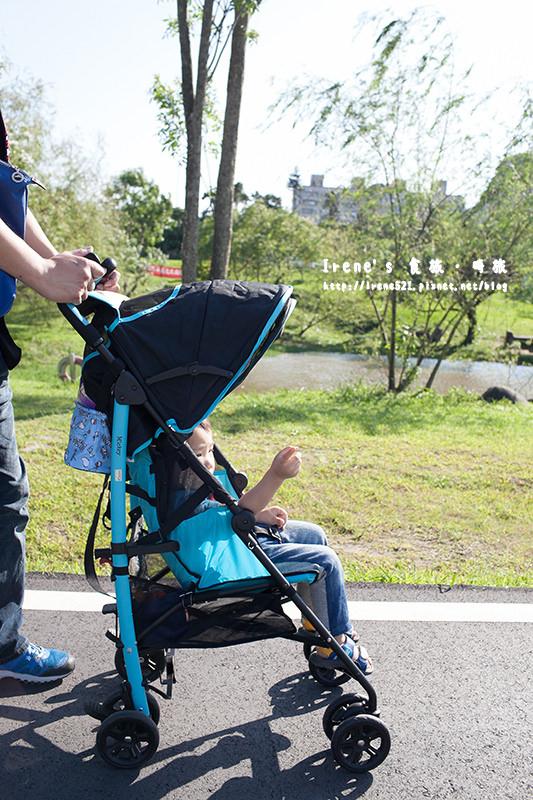 【育兒好物】每家都必備一台嬰兒輕便傘車/超可愛迪士尼授權推車/快拆推車置物袋.ViVibaby