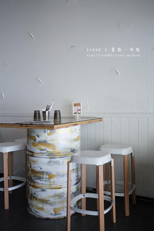 【桃園】林口長庚美食/創意料理的平價美食/點滴袋中裝的是飲品.Jo Jo yum小舅舅