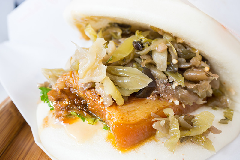 【蘆洲】街食新鮮試,日式薑汁燒肉與中式饅頭的絕妙搭配.一寶。街食