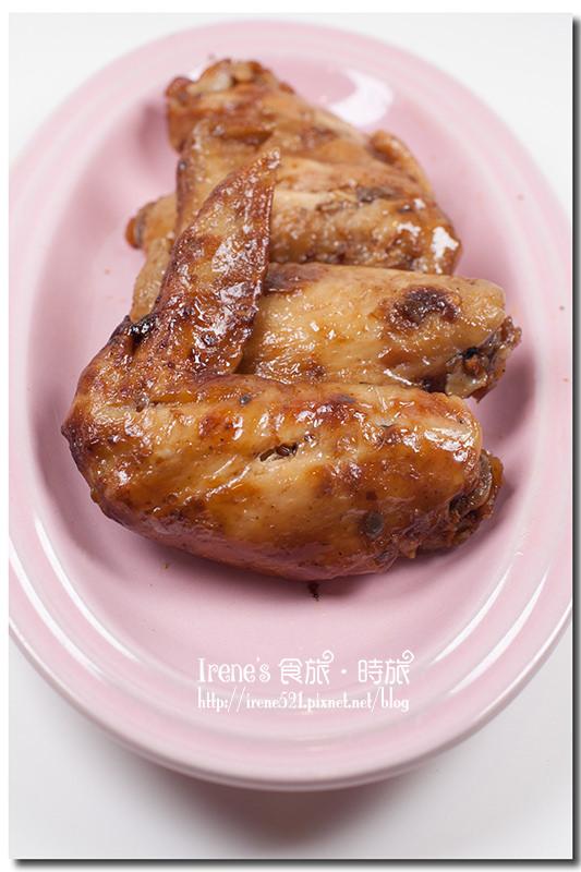 【宜蘭】香而不鹹的煙燻滷味/一吃就停不下來/伴手禮/玉蘭社區.祥發茶香煙燻滷味 @Irene's 食旅.時旅