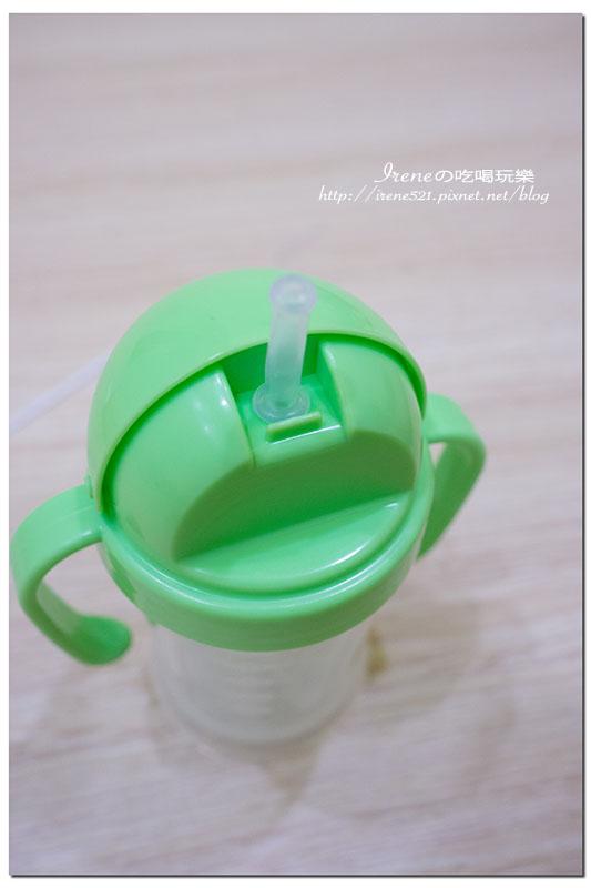 【嬰兒用品】幾乎每個寶寶都曾擁有過一個DOOBY大眼蛙神奇喝水杯
