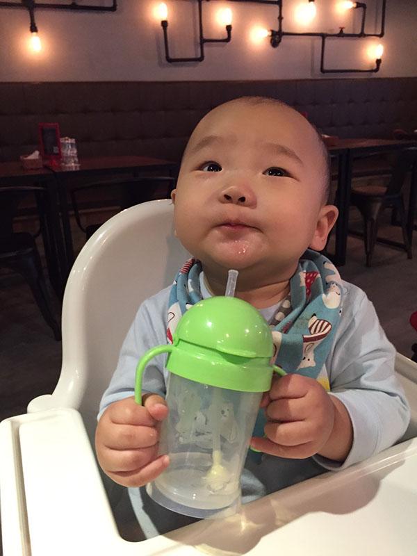 DOOBY大眼蛙神奇喝水杯