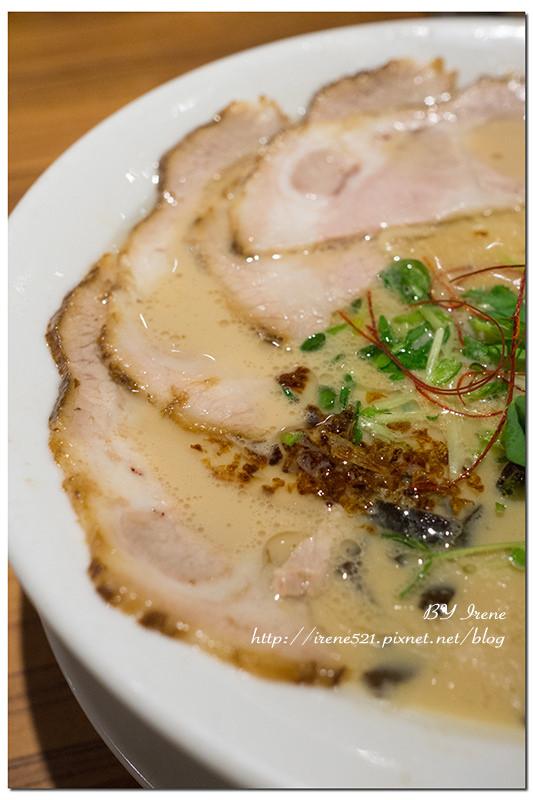【桃園】華泰名品城美食,來自東京的美味雞拉麵.雞玉錦拉麵 @Irene's 食旅.時旅