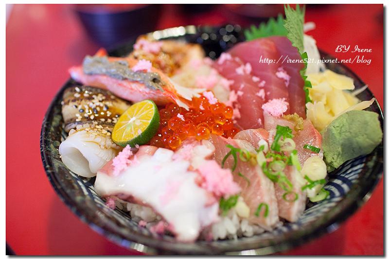 【板橋】平價大份量的日式食堂,丼飯、拉麵、握壽司、捲壽司、烤物通通有.八八食堂 @Irene's 食旅.時旅