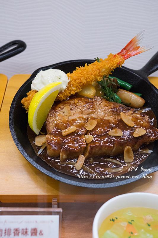 【林口】三井OUTLET美食,日本風味的香烤豬肉排.日式洋食TORICO @Irene's 食旅.時旅