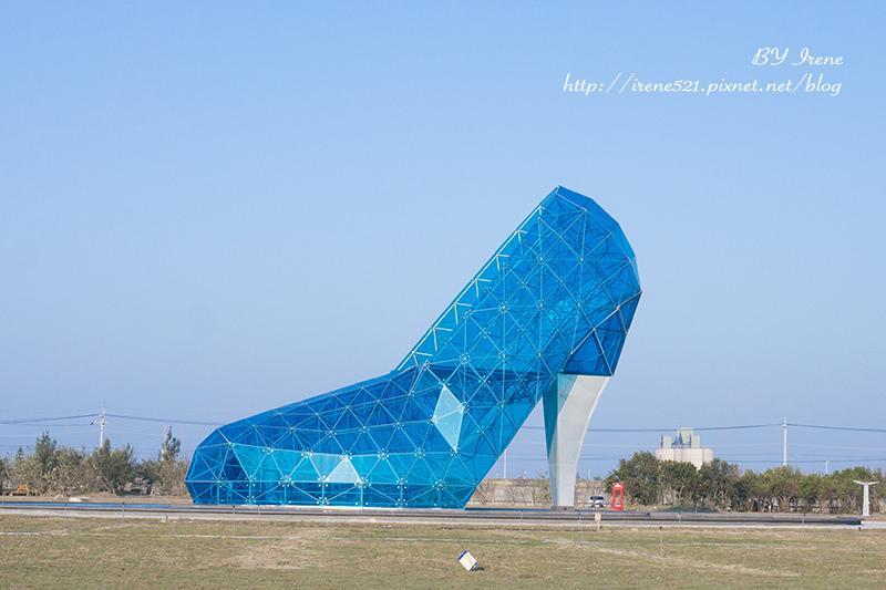 延伸閱讀:【嘉義】踩破過往的不美好,迎向新未來.玻璃高跟鞋教堂