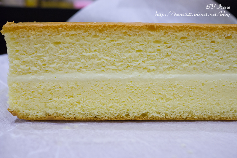 【林口】三井outlet,超濃厚的諾曼地手工牛奶蛋糕.法國的秘密甜點 @Irene's 食旅.時旅
