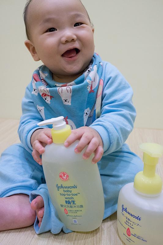 【分享】新手爸媽必修課!如何輕鬆幫寶寶洗澡 @Irene's 食旅.時旅