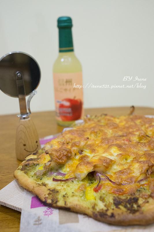 即時熱門文章:【食譜】青醬松阪豬披薩食譜(義式薄脆餅皮做法)