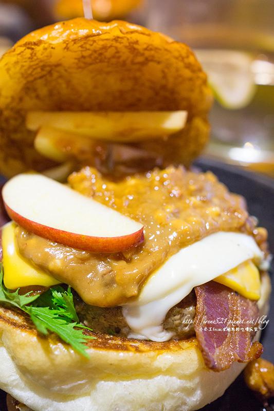 【台北大同區】美式漢堡加上荷蘭甜心鬆餅.Oldies Burger新美式文化料理 @Irene's 食旅.時旅