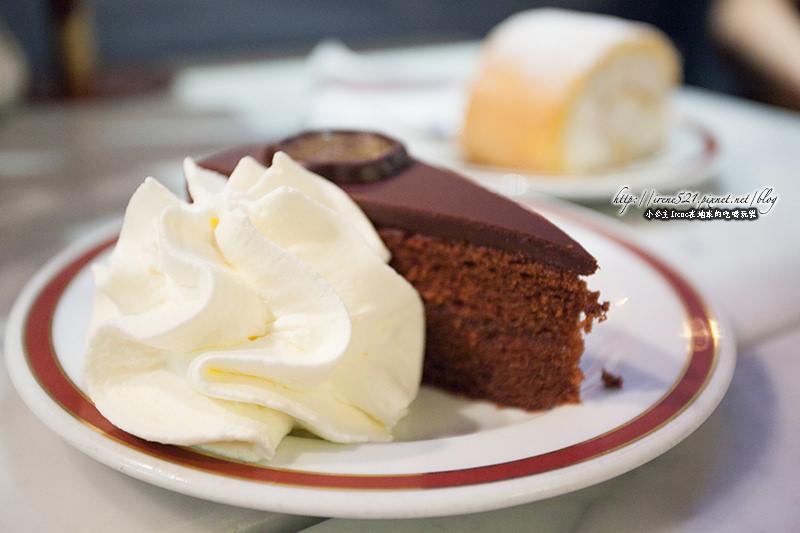 【維也納】奧地利經典巧克力蛋糕.Hotel Sacher-薩赫蛋糕