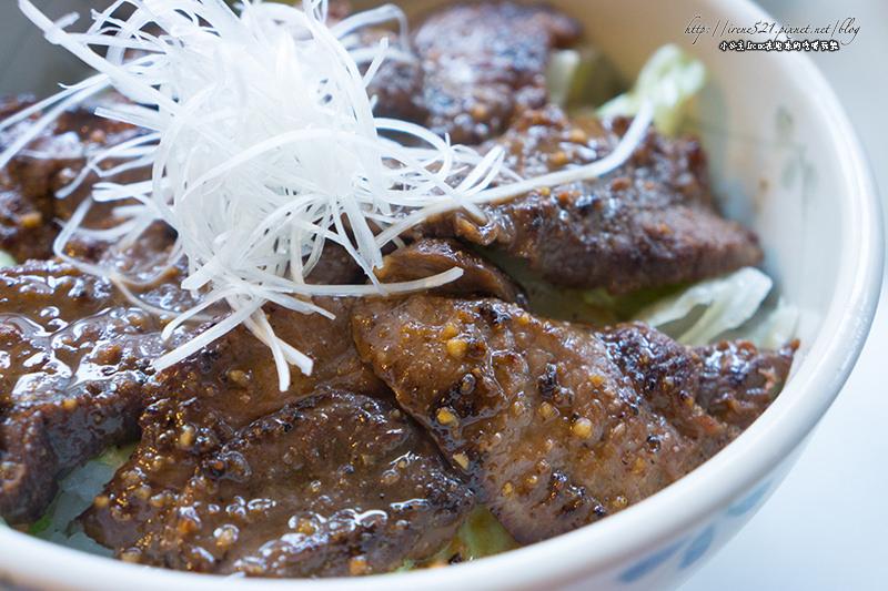 【東京】二訪築地市場,不吃生食也有熟的臉頰肉蓋飯可品嚐 @Irene's 食旅.時旅