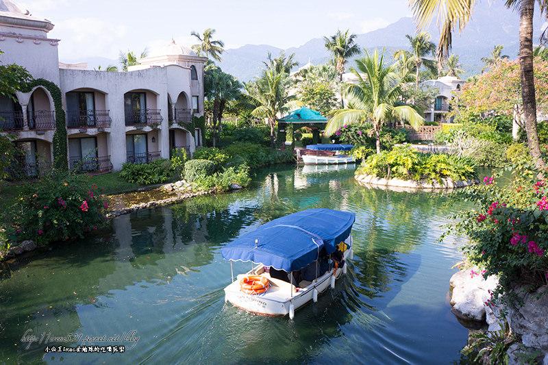 搭乘小艇遊運河,台版威尼斯水上浪漫.理想大地渡假飯店(園區篇)