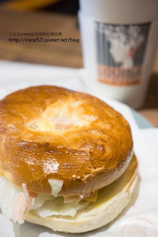 【三重】平價還不錯喝的連鎖咖啡店-LOUISA COFFEE路易.莎咖啡(三重重新店) @Irene's 食旅.時旅