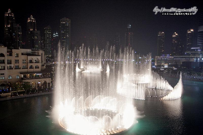 【杜拜】動魄人心,世界最高音樂噴泉.杜拜音樂噴泉水舞 @Irene's 食旅.時旅