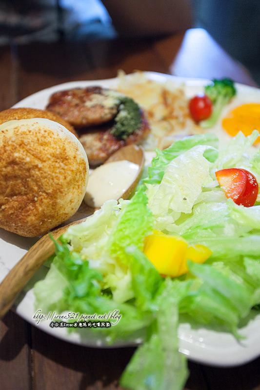 【台南】工業風老屋咖啡廳,不一樣的用餐氛圍.ici cafe