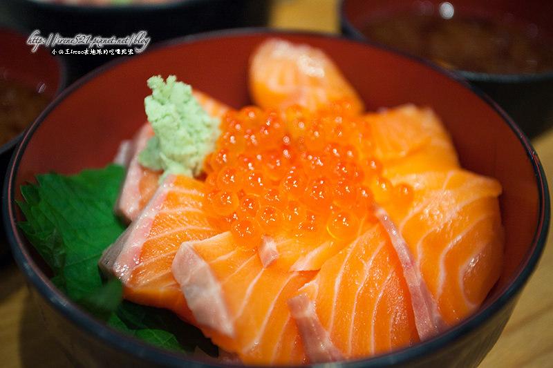 【大阪】平價丼飯,吃飽又吃巧.豪快立ち壽司 @Irene's 食旅.時旅