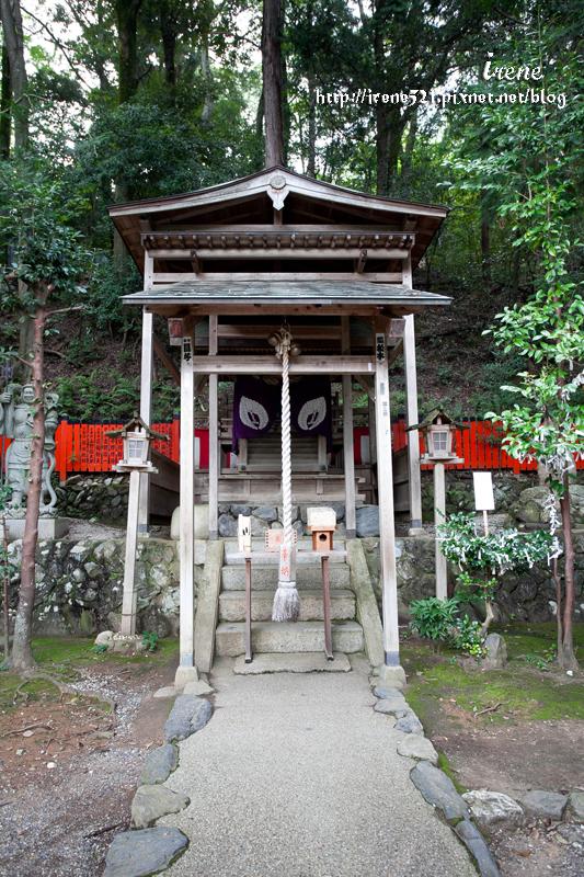 即時熱門文章:【京都嵐山】全日本唯一的頭髮神社.御髮神社