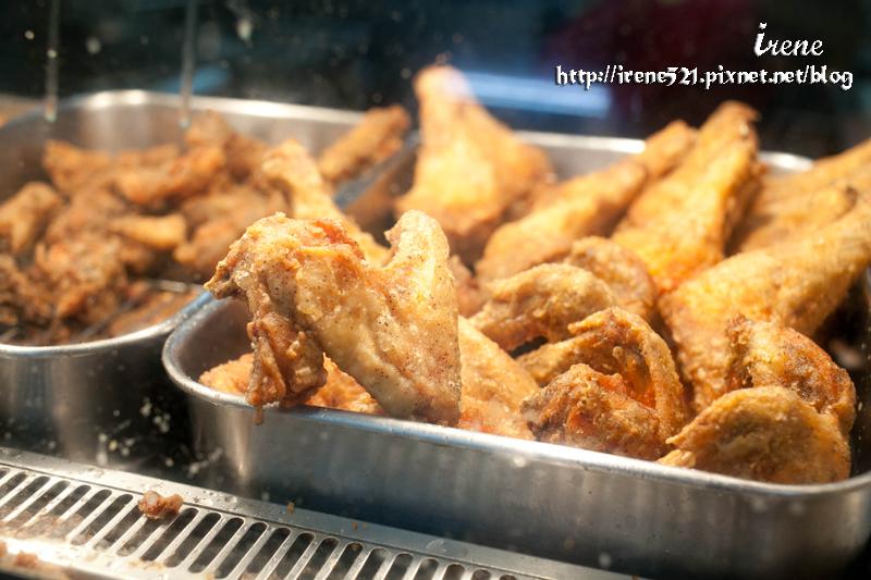 延伸閱讀:【台東市】台東炸雞大PK.阿鋐炸雞專賣店 & 藍蜻蜓速食專賣店