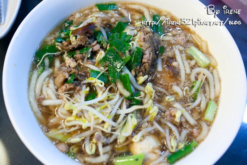 即時熱門文章:【台東市】在地人超平實又大滿足的早餐.榕樹下米苔目