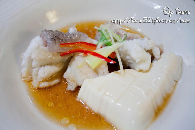 今日熱門文章:【台北大安區】享譽國內外的高檔精緻海鮮餐廳.真的好海鮮