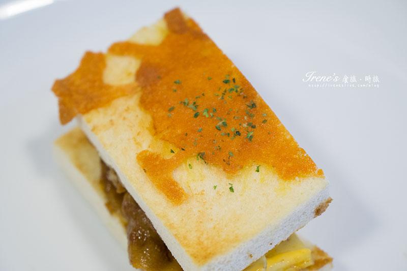 燒肉黃金蛋吐司