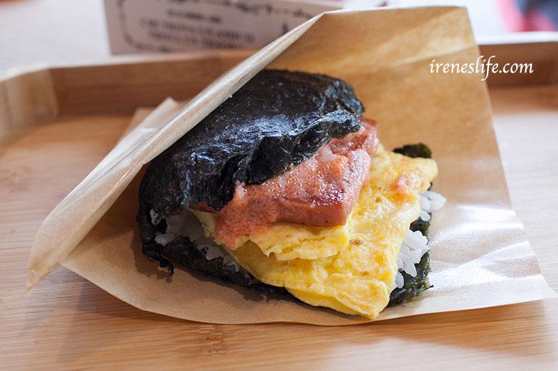 即時熱門文章:【台北信義區】懷念沖繩的炸蝦豬肉蛋飯糰不用飛日本,台北就吃的到!加鮭魚卵的豪華豬肉飯糰.相對飯丸