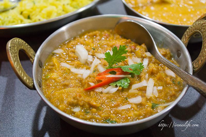 即時熱門文章:【三重】捷運三重國小站美食,三重也有道地的印度咖哩料理囉.達達印度料理
