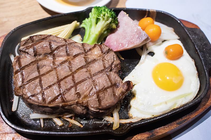 即時熱門文章:【台北中正區】平價牛排+semi buffet,西門町推薦餐廳,只要398元就能吃到飽.德立莊中庭餐廳