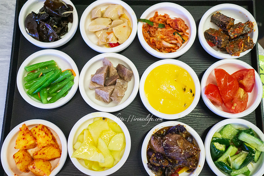 即時熱門文章:【三重】數十道小菜免費吃到飽!銅盤烤肉、海鮮煎餅、炒黑麵、韓式炸雞.朝鮮味韓國料理 (三重店)