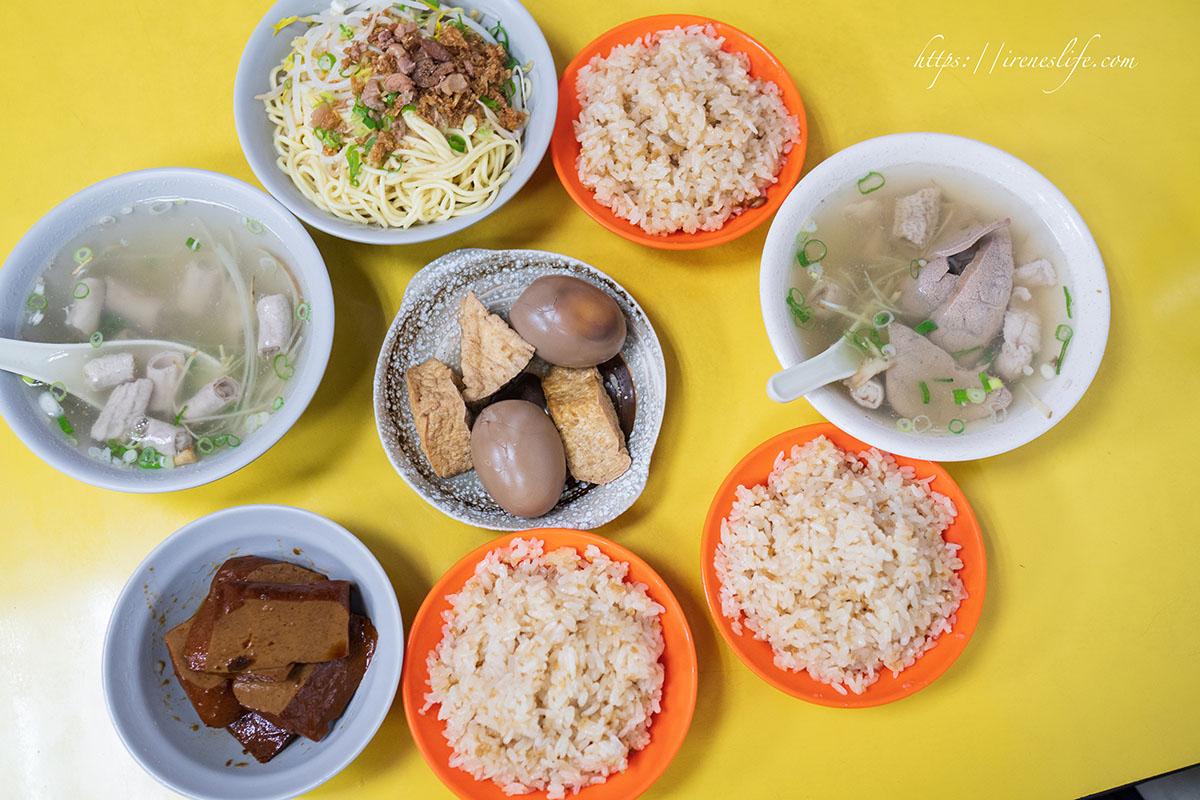 即時熱門文章:【台北士林區】挑戰台北市最便宜油飯!油飯一碗只要15元,配一碗湯50元有找,超入味豆干必點必吃.阿毅油飯