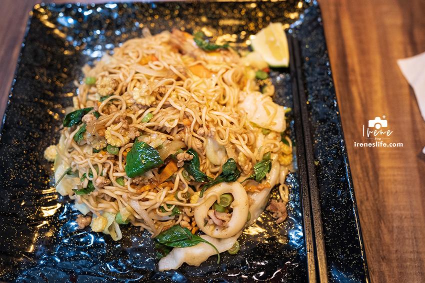 海鮮炒媽媽麵