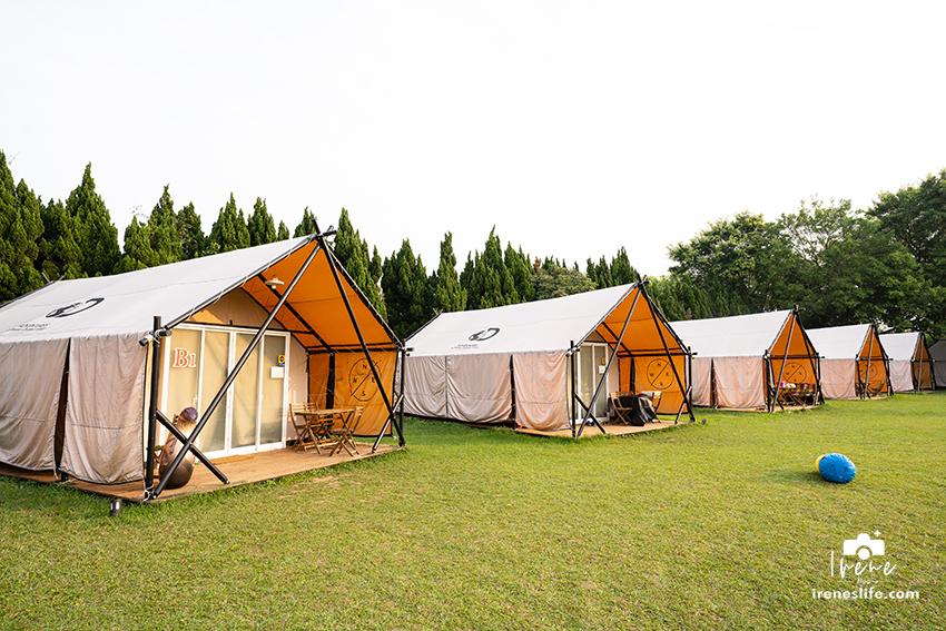 即時熱門文章:【露營】埔心牧場沐綠拾村豪華露營,一泊二食體驗大自然,雙人床、獨立衛浴、冷氣、暖氣全都有