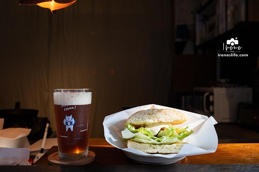網站近期文章:【台北大同區】低調巷弄民宅中的日式文青小店,早晨的光線照射在木吧台,環境與餐點都很暖,菜菜朝食