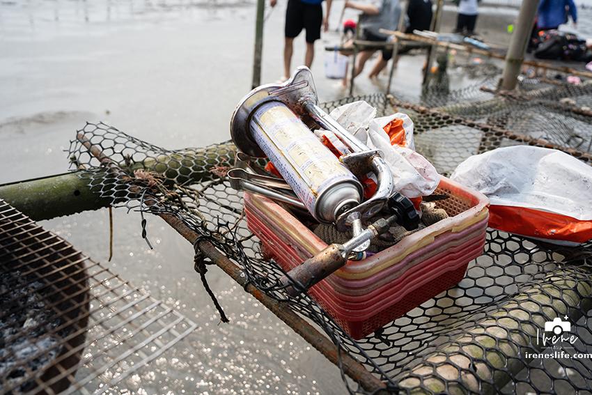 【彰化】王功漁港生態體驗,坐採蚵車出海挖蛤蜊,還有海上碳烤珍珠蚵吃到飽!王功生態旅遊旺哥鐵牛車