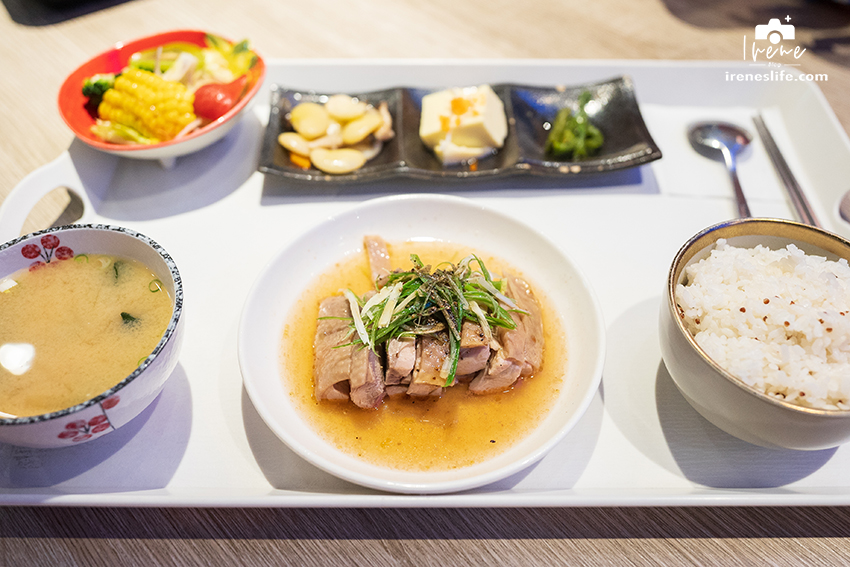 【泰山】貨櫃屋改造的日式食堂,220元就能吃到鰻魚飯套餐!各式餐點也都只要百來元.Masa食堂