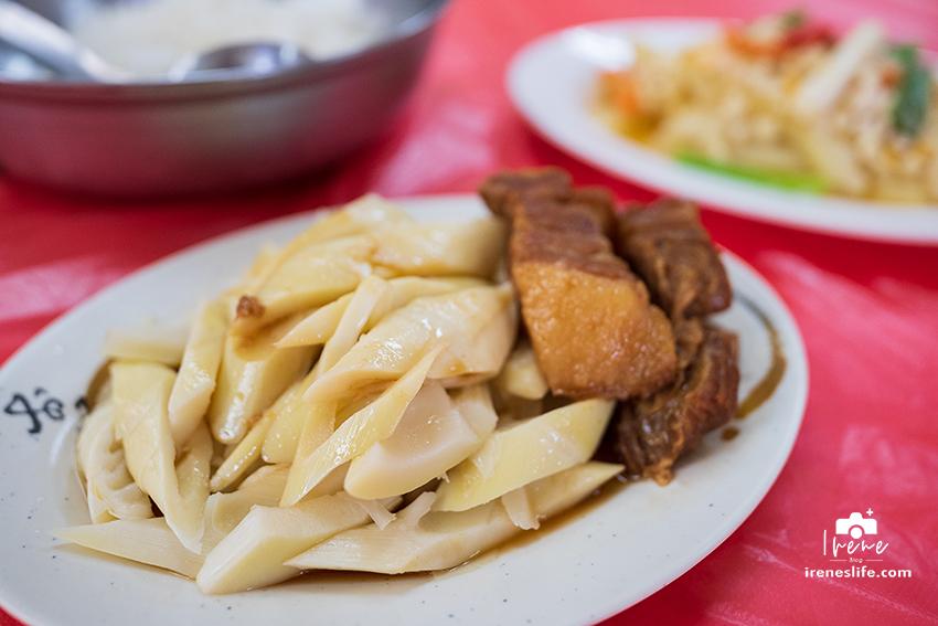 關西老街超人氣的排隊美食,傳承四代的80年老店,薑絲炒大腸、悶筍爌肉超下飯・清香飲食店
